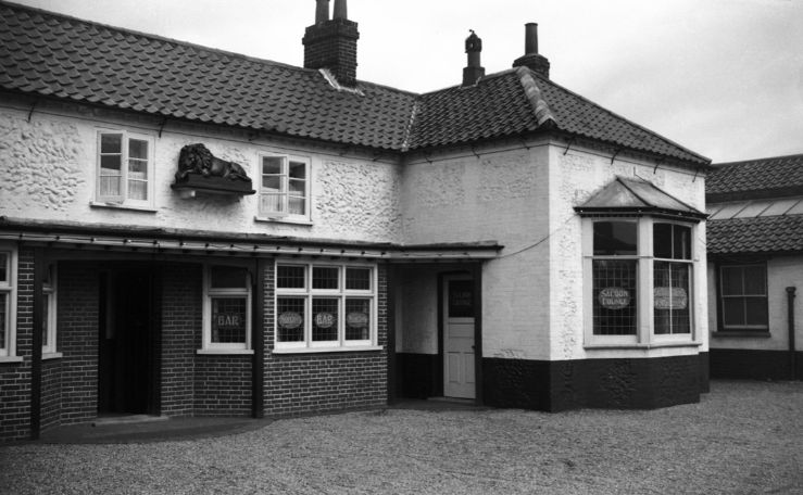 Historic Image of The former Red Lion, Yarmouth Road